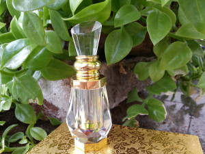 ORIENTAL STYLE: Perfume bottles available in 3ml and 6ml